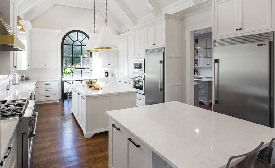 Double Torquay islands provide a stunning prep and serving space.