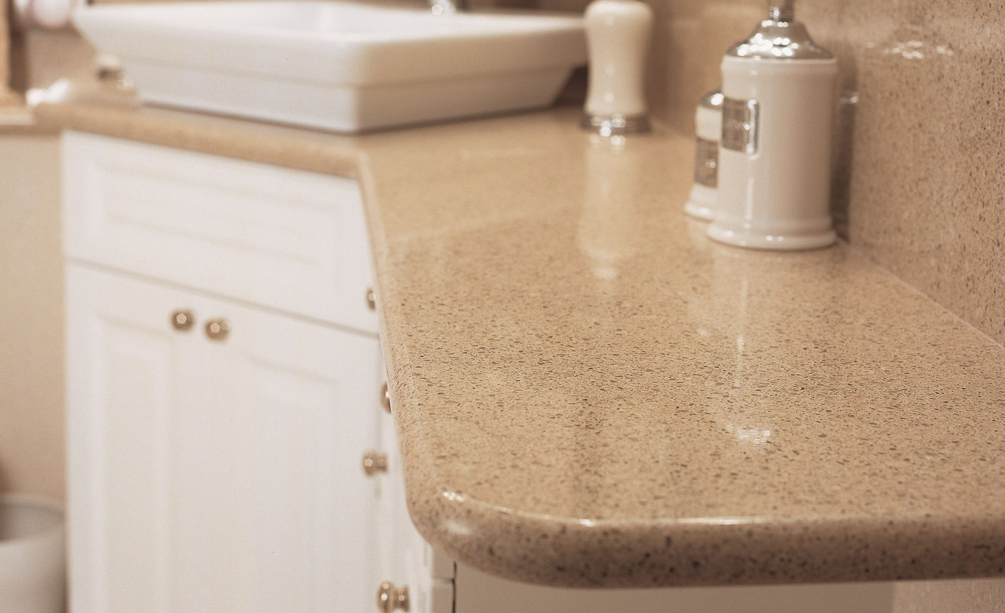 Cambria Tenby Cream with a Volcanic rounded edge.