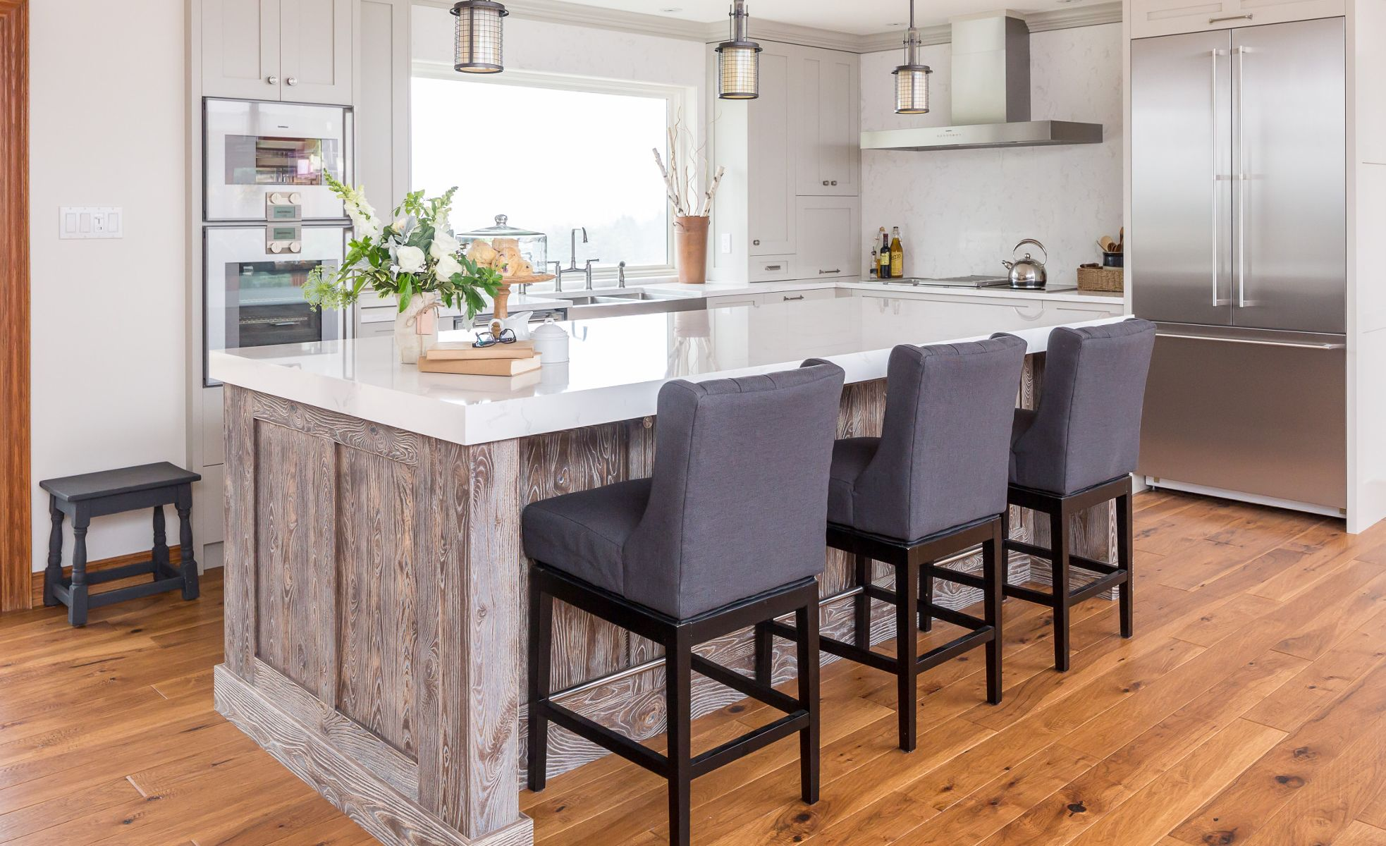 Cambria Torquay countertops paired with wood cabinets.
