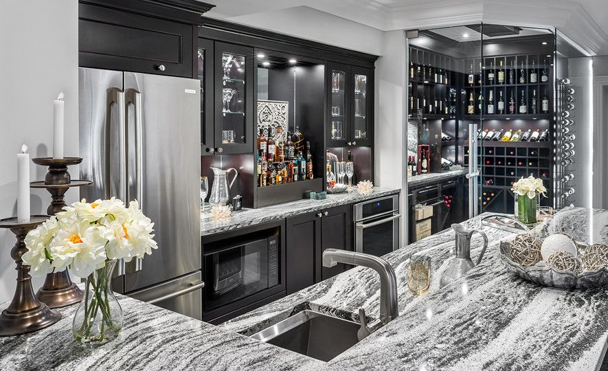 Sophisticated home bar with Roxwell™ countertops.
