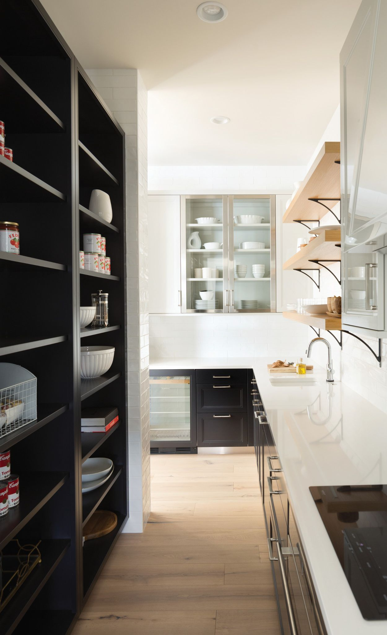 Craft the perfect butler's pantry with Cambria Ella.