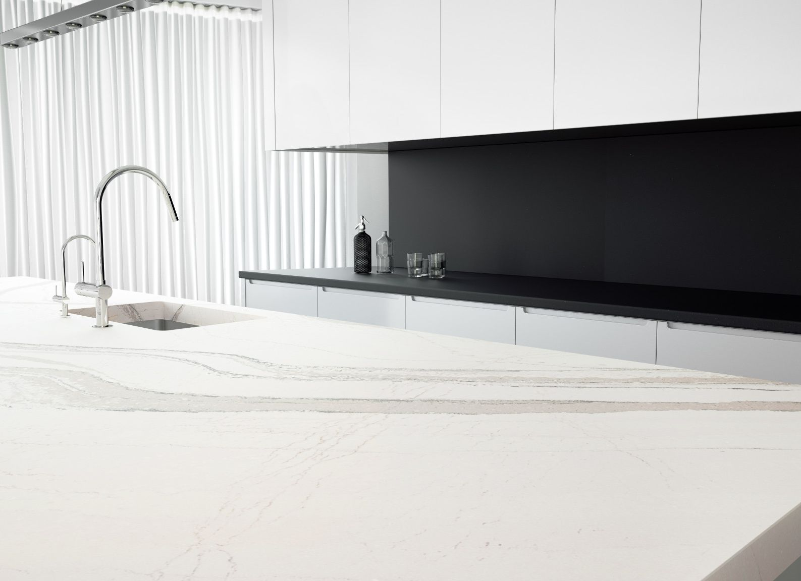 cambria-brittanicca--matte-quartz-countertop-kitchen
