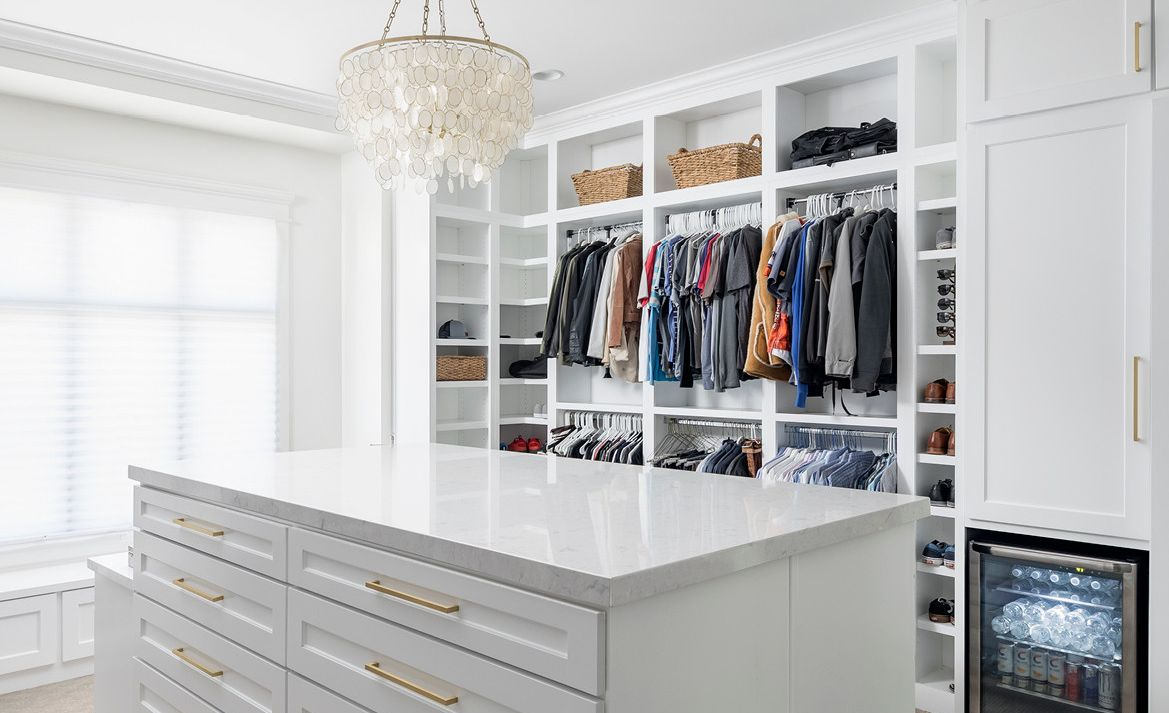 Streamlined closet with Swanbridge™ countertops.