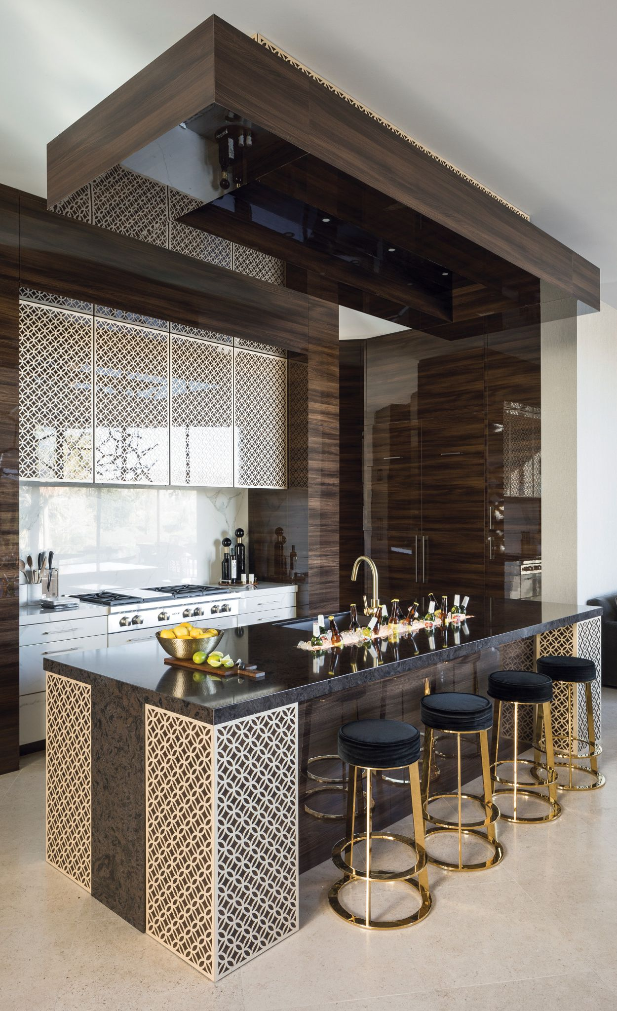 Vintage modern kitchen with Wellington™ island.