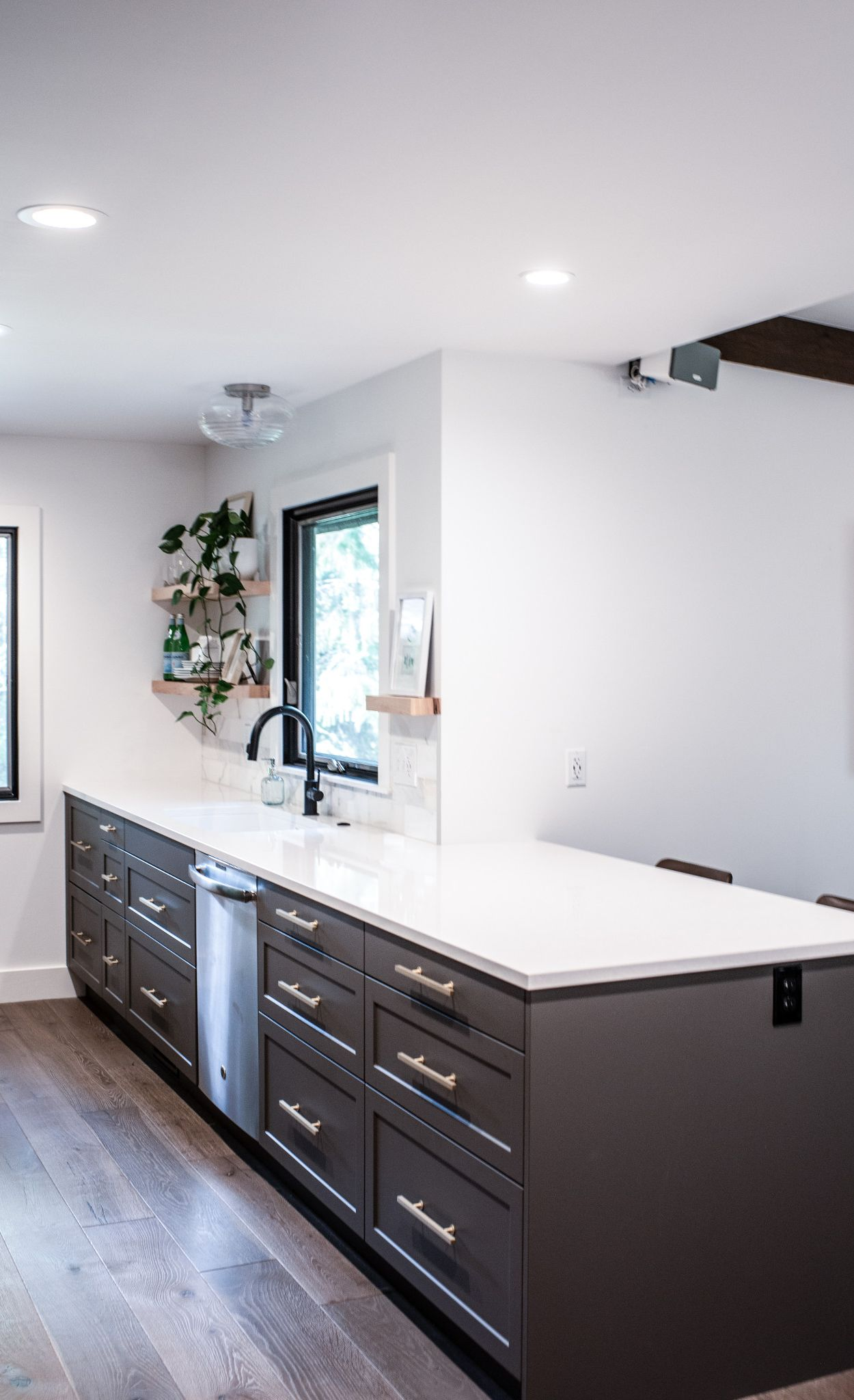 Cambria Newport kitchen remodel by contractor Casey Knips.