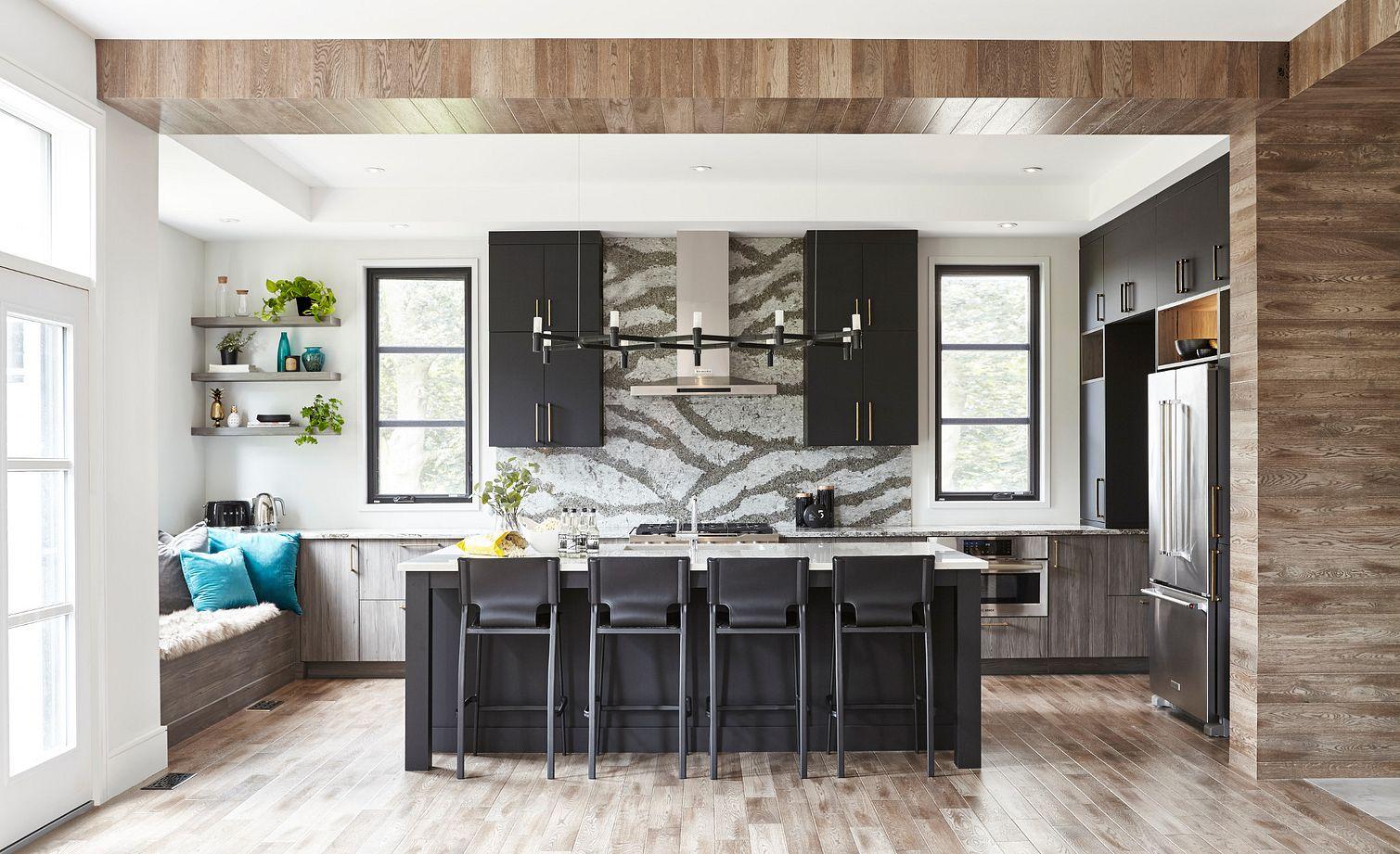 Bold kitchen design featuring Galloway™ backsplash.