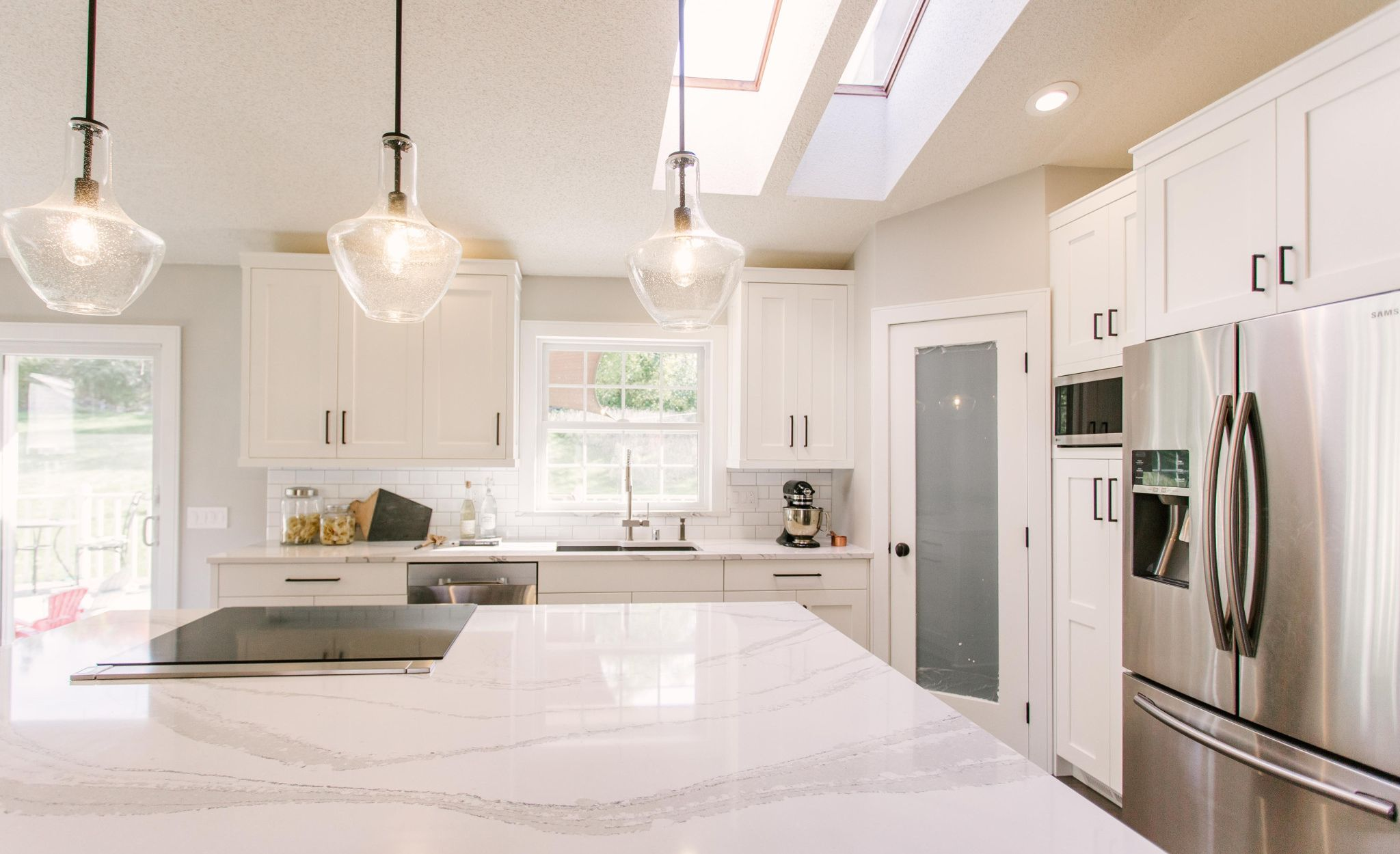 Pair Cambria Brittanicca with a classic white subway tile.