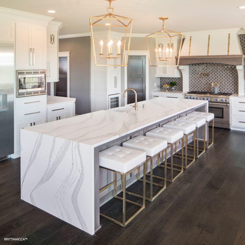 cambria-brittanicca-quartz-countertop-versus-marble-kitchen-island