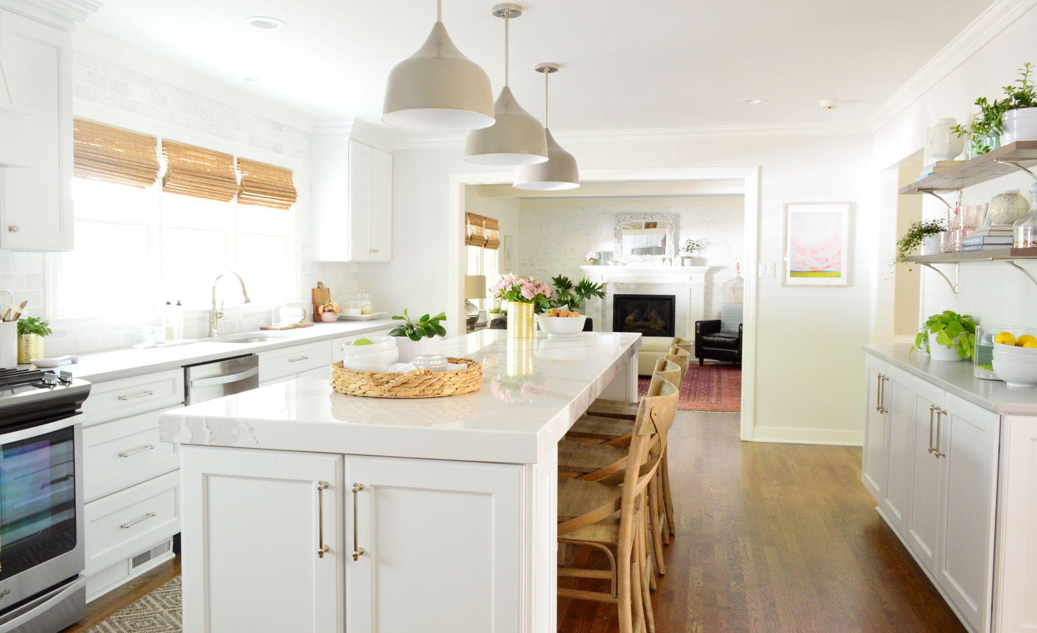 Cambria Brittanicca kitchen with a Rimrock square edge.
