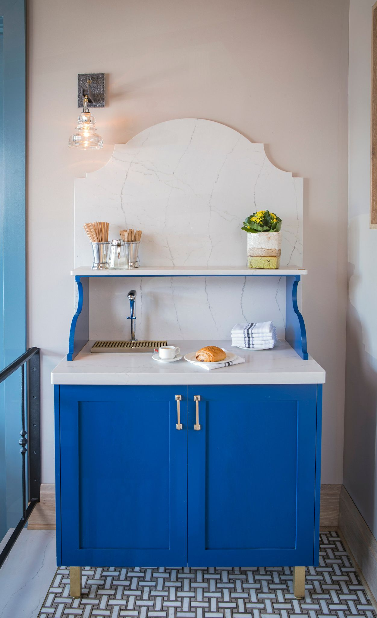A charming custom beverage station with Cambria Ella Matte.