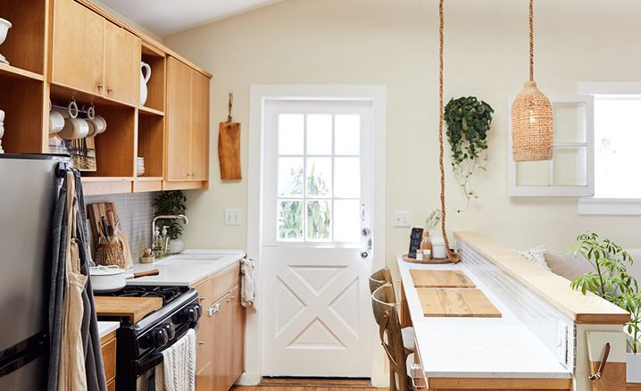 Tiny home kitchen design with Cambria Torquay.