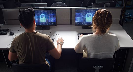 Ten ways to keep your data safe Image