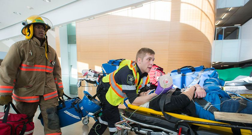 picture of centennial college paramedic and pre-service firefighter students participating in the mock disaster