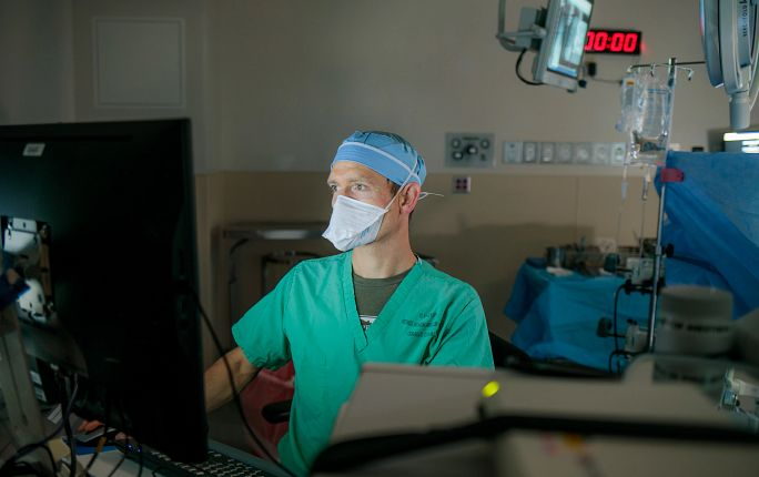 Robotic-assisted surgery at Mercy Regional Medical Center