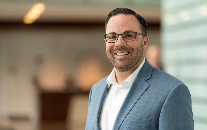 Isaac Sendros, CEO