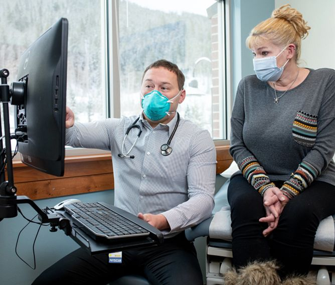 Dr. Durant Abernethy at High Country Healthcare in Frisco, Colorado. March 25, 2021.