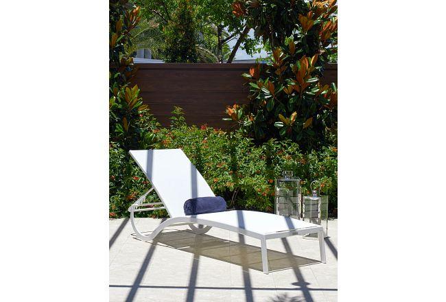 Lisbon2 White Sling Chaise
