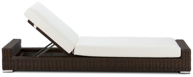 Southport White Woven Cushioned Chaise (1)