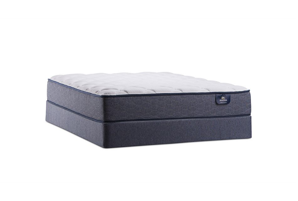 Serta Summerton Plush Mattress Set