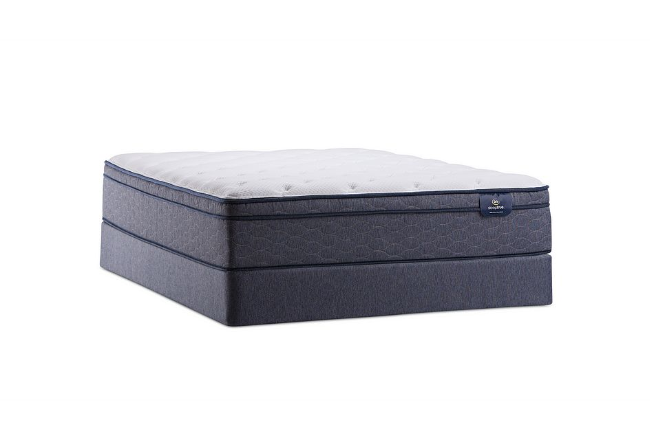 Serta Wyndmoor Plush Mattress Set