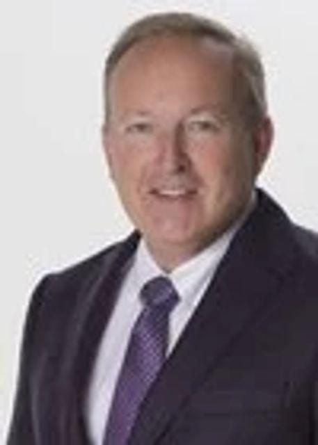 Robert C Chastain