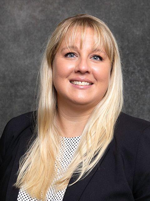 Lindsay Lewis