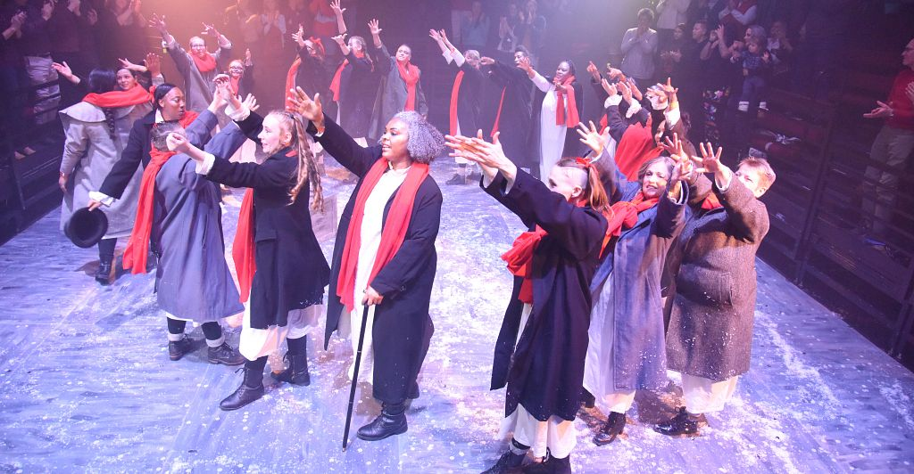 du prison arts performance of a christmas carol