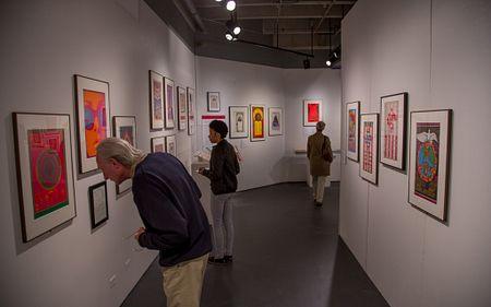 Vicki Myhren Gallery