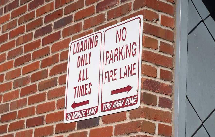 no parking zone sign