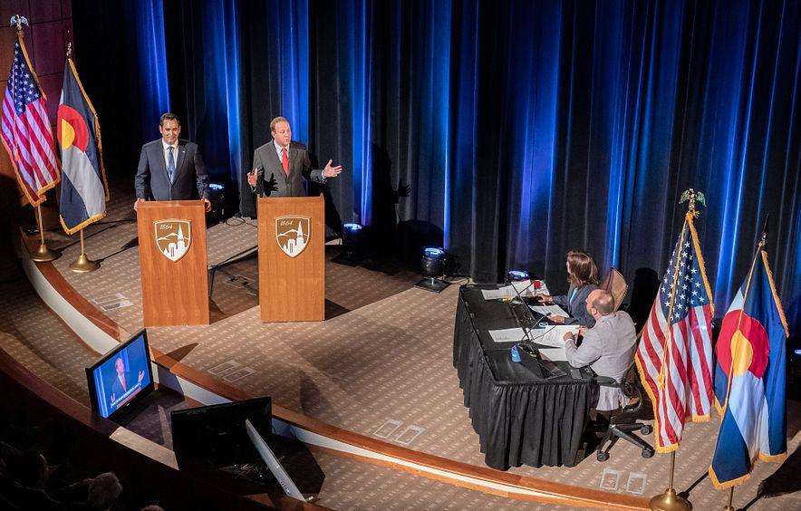 debate on stage
