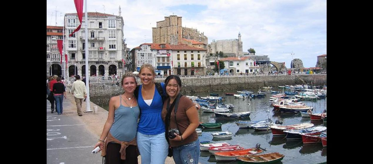 Students on a faculty-led study abroad program in Santander, Spain, one of our main study abroad sites on the Iberian Peninsula.
