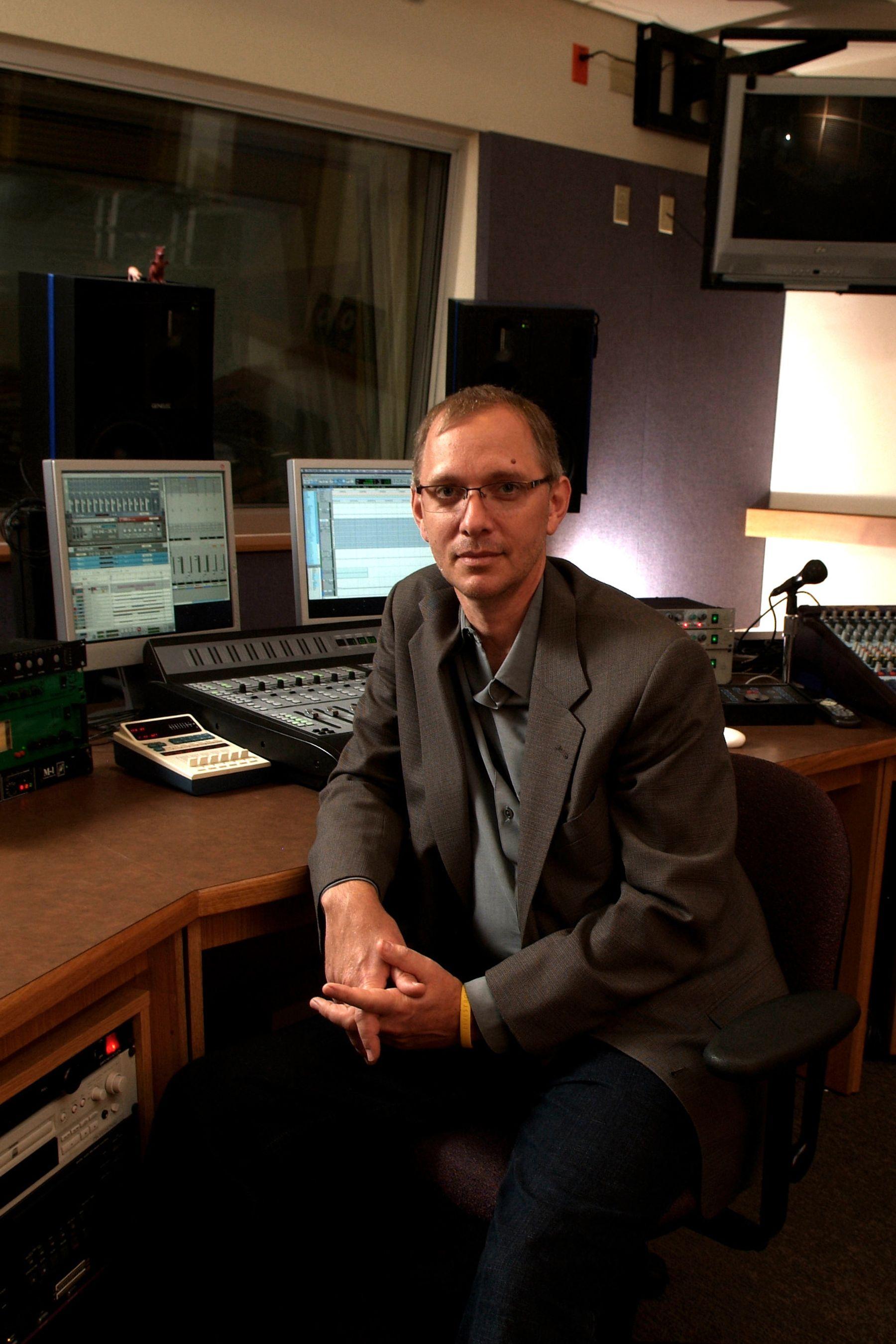 Michael Schulze in a recording studio