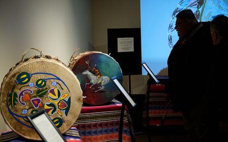 indigenous art background image