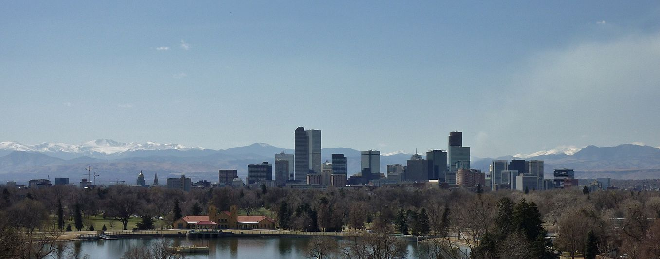 denver skyline background
