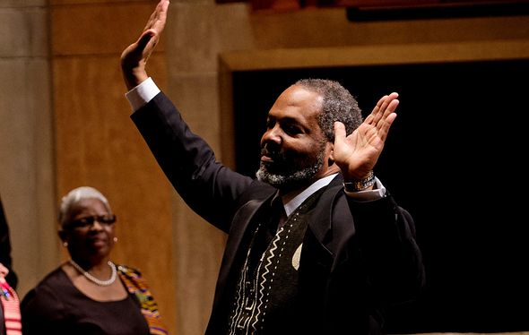 M. Roger Holland conducting the Spirituals Project