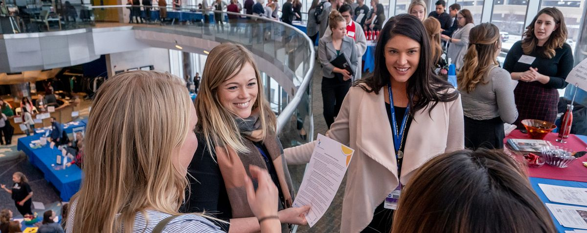 students at DU internship fair