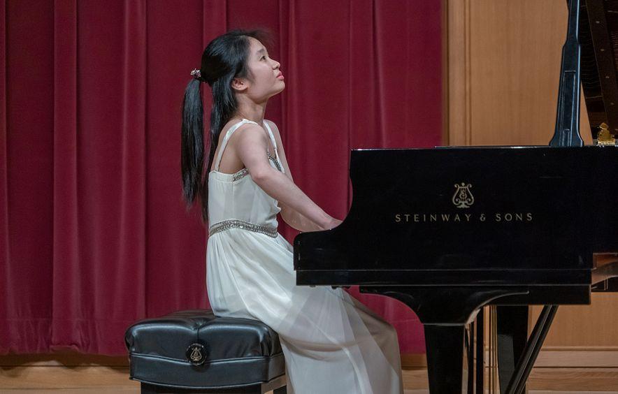 Lamont Pianist Lydia Yu