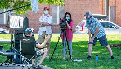 DU students filming on campus
