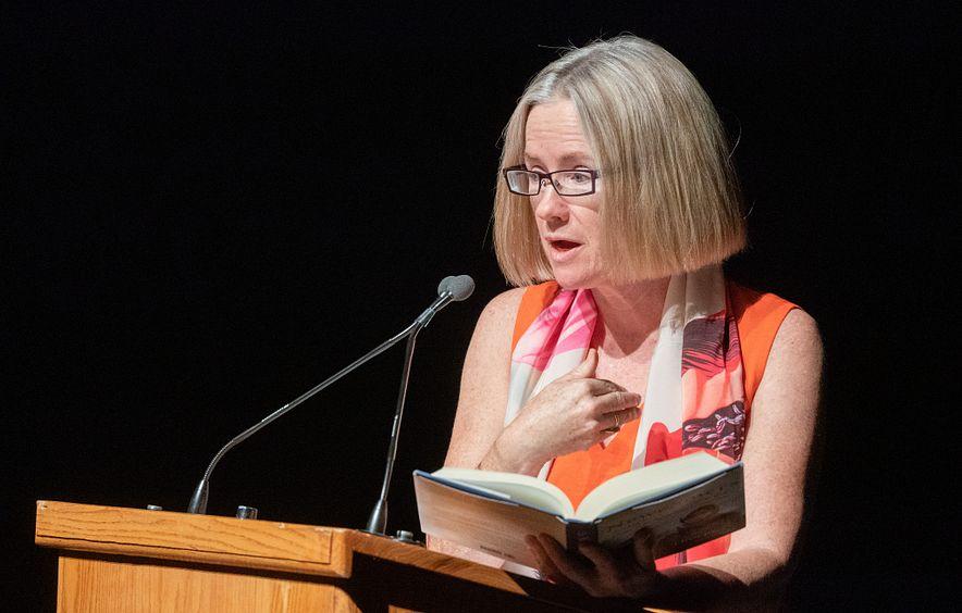 author helen thorpe reading book at DU alumni event