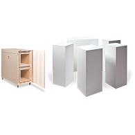 Nesting Exhibit Pedestals with Mobile Crate