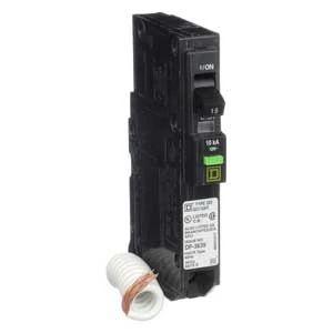QO Miniature Circuit Breaker, Plug-On Mount, 10 kA, 120 Vac, 1-Pole, 15A, Arc-Fault Interrupter