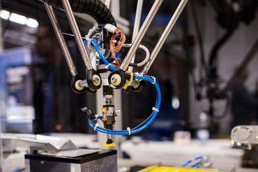 drylin® delta robot