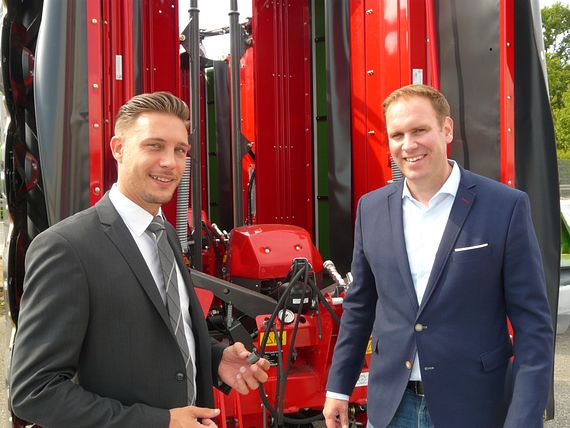 Director Supply Chain of AGCO Feucht GmbH and Technical Sales Consultant at igus in conversation