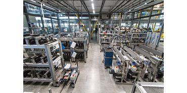 Laboratório de testes com bancos de ensaios para casquilhos deslizantes