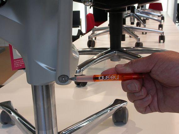 iglidur G Lager halten dauerhaft der hohen Druckbelastung beim automatischen Einstellen und beim Sitzen stand.