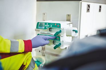 Infusion pump in operation (Photo: B. Braun Melsungen AG)