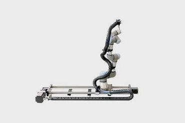 drylin® 7th axis for Universal Robots