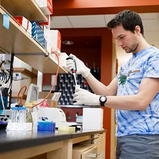Indiana University PhD student Jeremy Davis works in a lab in the Multidisciplinary Science Building II at IU Bloomington on Wednesday, Jan. 23, 2019.