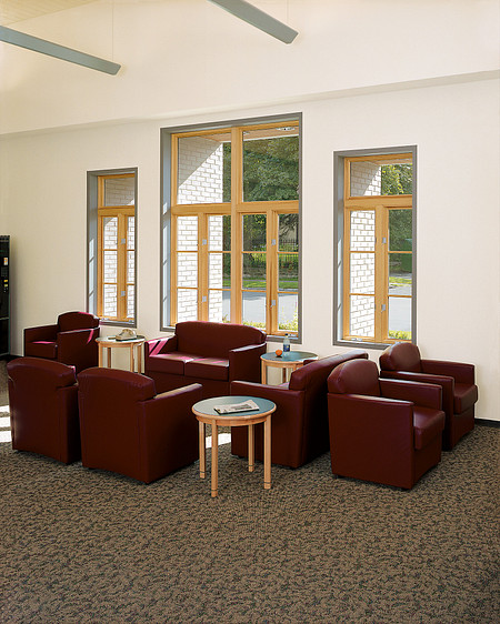 MWPI lounge Jessa Briar