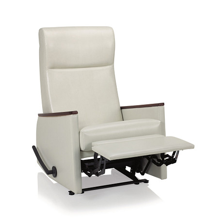 AffinaWallsaverRecliner FrontAngle1